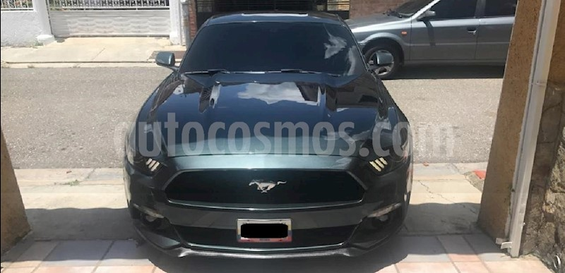 foto Ford Mustang Automatico usado