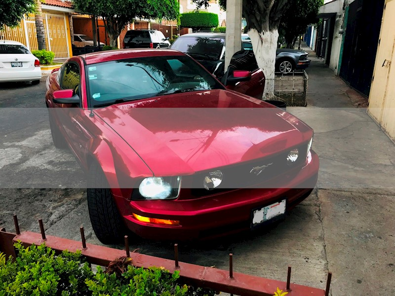 foto Ford Mustang Coupe V6 usado