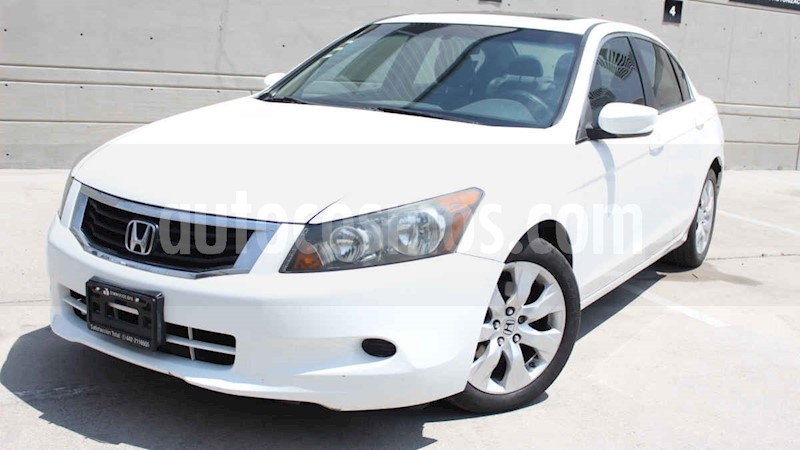 foto Honda Accord 4p EX sedan L4 piel ABS CD usado (2010) color Blanco precio $129,000