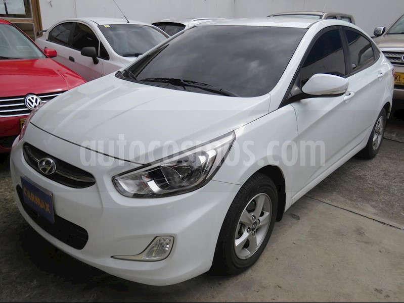 foto Hyundai Accent Vision 1.6 GLS Mec 4P usado