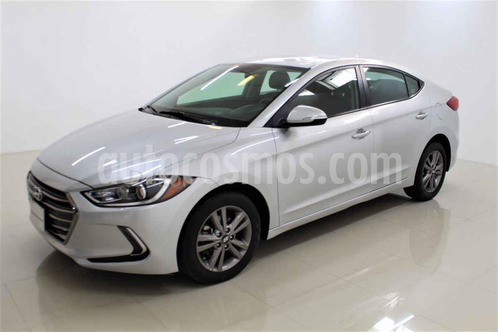 foto Hyundai Elantra GLS Premium Aut usado (2017) color Plata precio $218,000