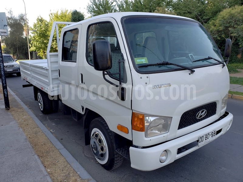 foto Hyundai Mighty Chasis Pick Up usado