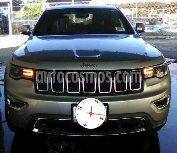 foto Jeep Grand Cherokee 4x4 usado