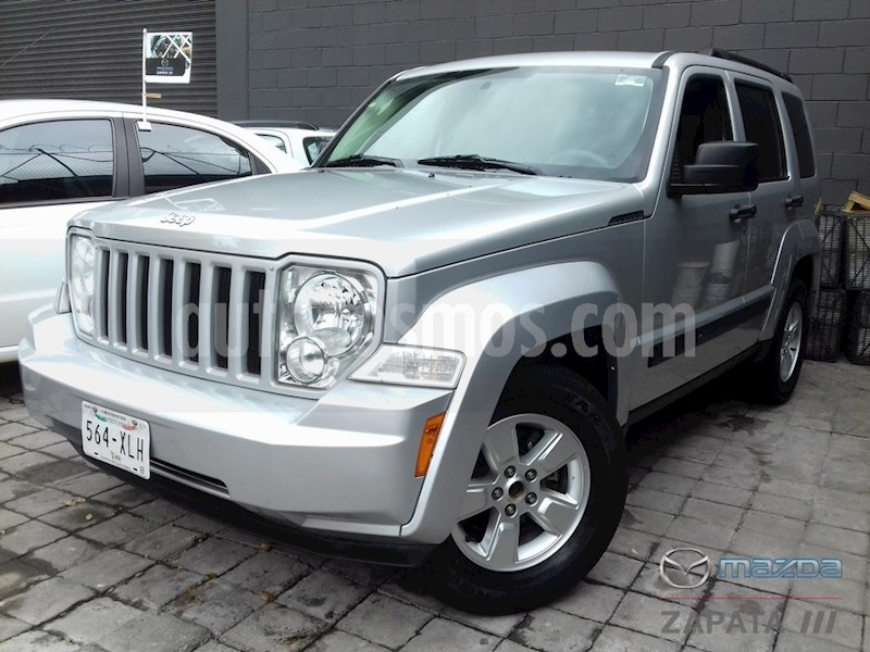 foto Jeep Liberty Sport 4x2 usado