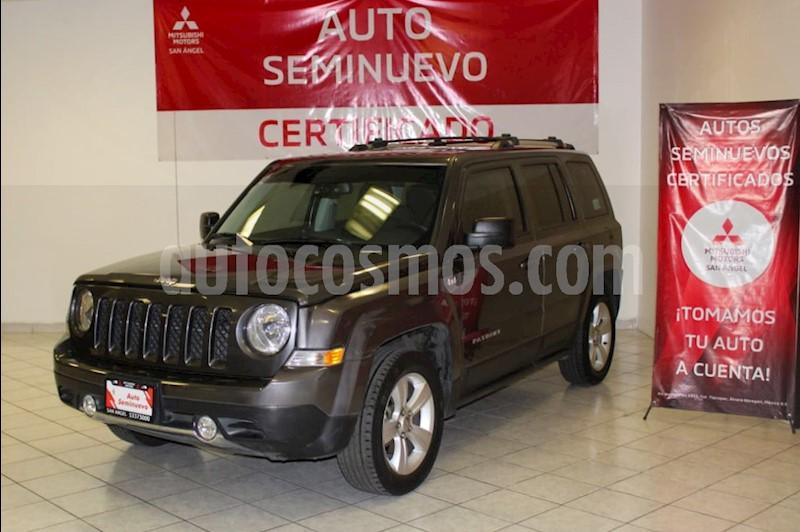 foto Jeep Patriot 4x2 Limited CVT Nav usado (2015) color Grafito precio $225,000