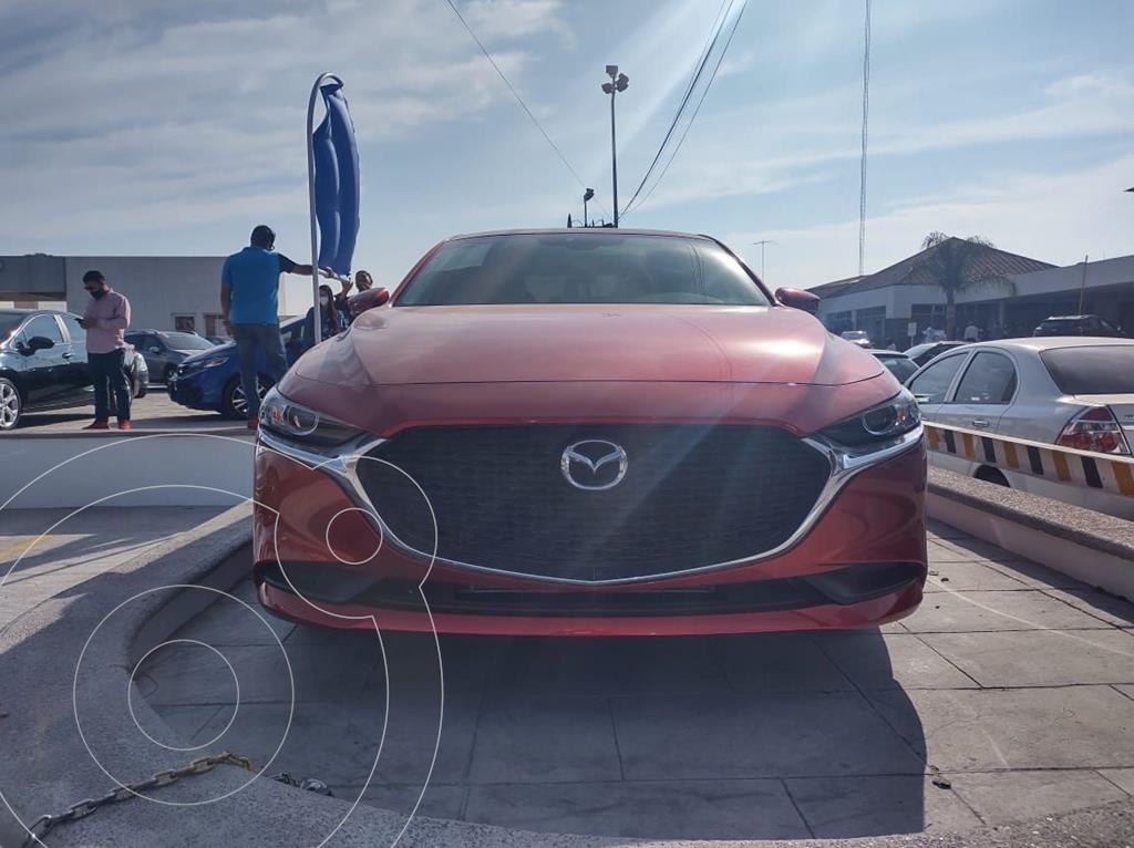 foto Mazda 3 Sedán i Sport usado (2021) color Rojo precio $360,000