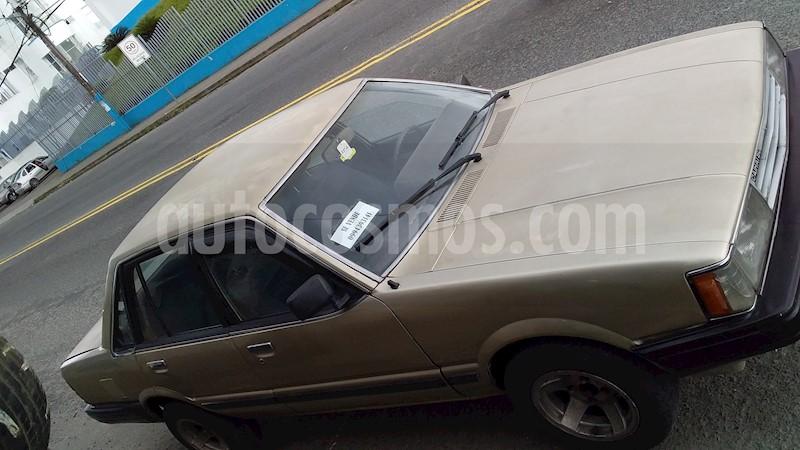 foto Mazda Sedan 2000 usado
