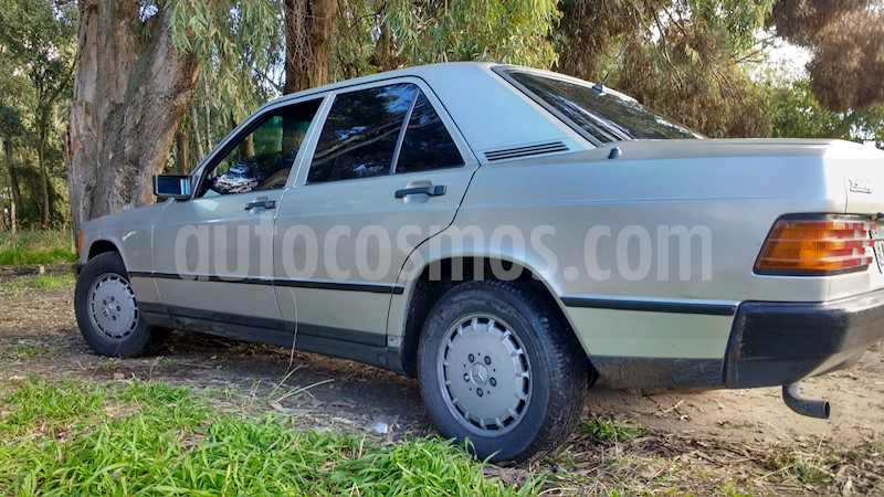 foto Mercedes Benz 190 E 2.0 usado