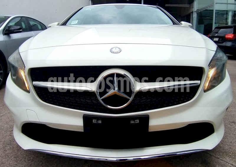 foto Mercedes Benz Clase A 200 CGI Style usado