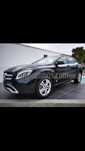 foto Mercedes Benz Clase GLA 200 CGI usado (2020) color Negro precio $570,000