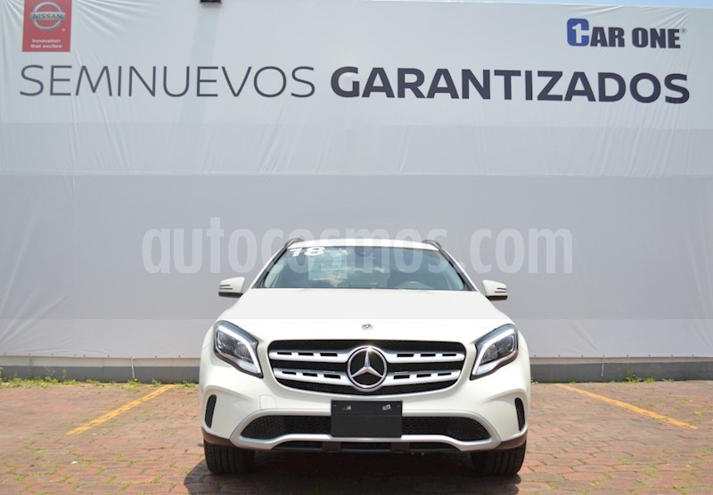 foto Mercedes Benz Clase GLA 200 Aut usado (2018) color Blanco precio $410,000