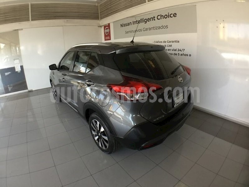 foto Nissan Kicks KICKS EXCLUSIVE NARANJA usado