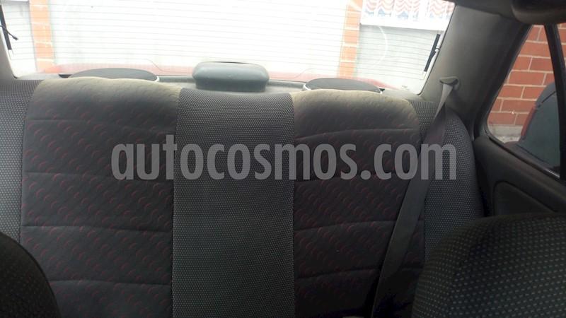 foto Nissan Sentra 1.6L usado