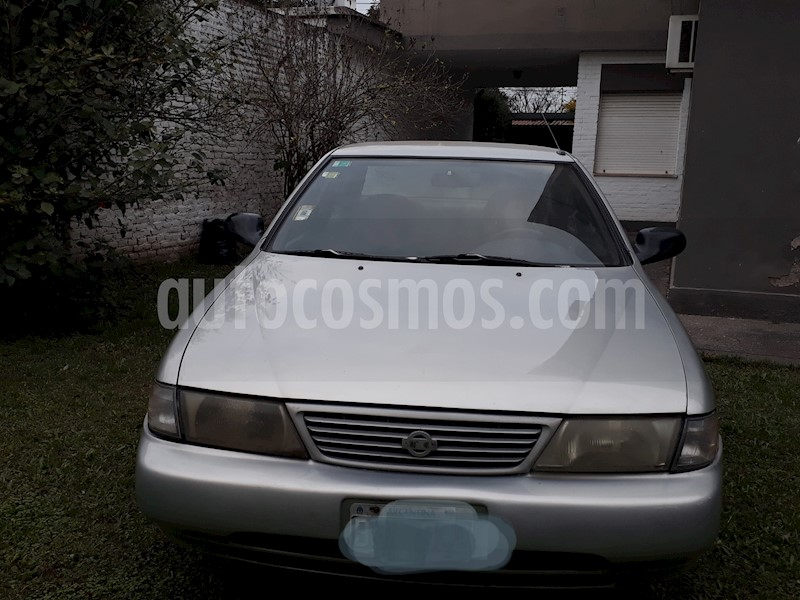 foto Nissan Sentra GXE usado