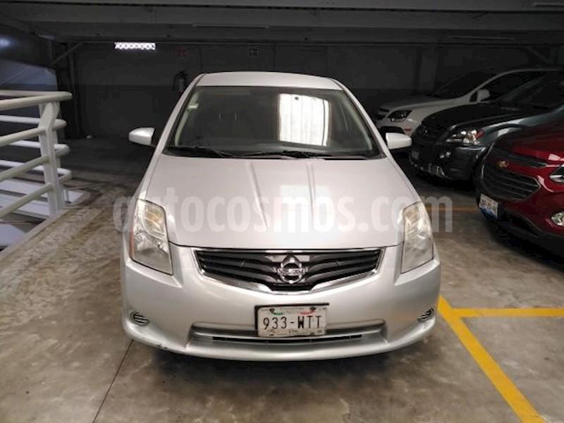 foto Nissan Sentra 4p Custom L4 2L 140 CP Man usado (2010) color Plata precio $100,000