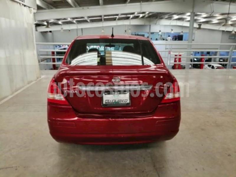 foto Nissan Tiida Sedan 4P SENSE TM6 A/AC. CD R-15 usado (2014) color Rojo precio $115,000