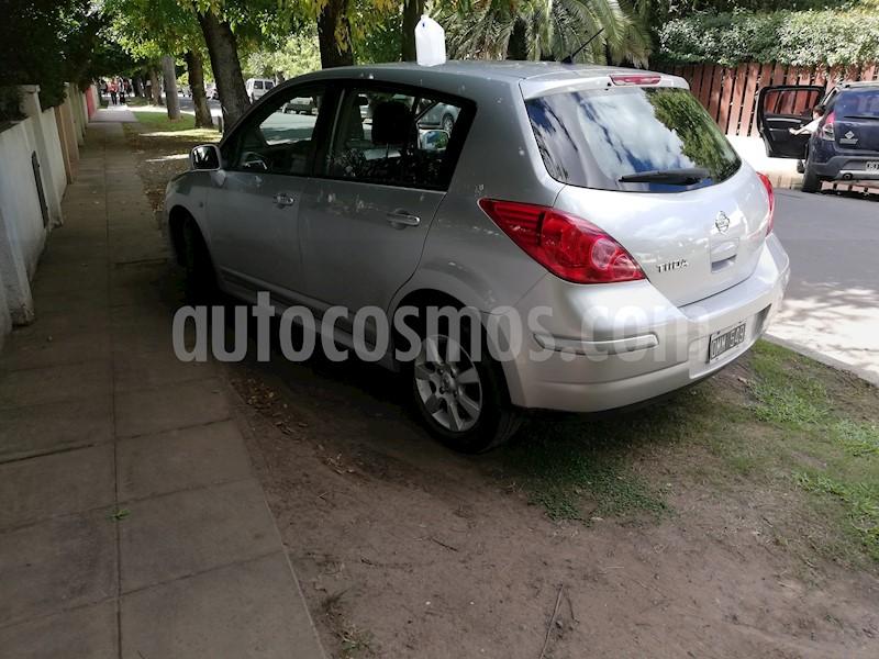 foto Nissan Tiida Visia usado