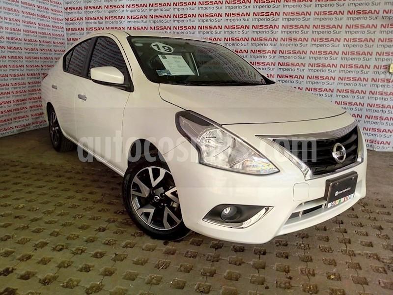 foto Nissan Versa Advance Aut usado (2019) color Blanco precio $210,000