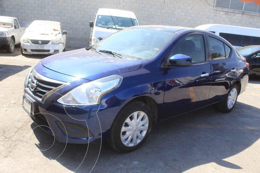 foto Nissan Versa Sense usado (2018) color Azul precio $182,000
