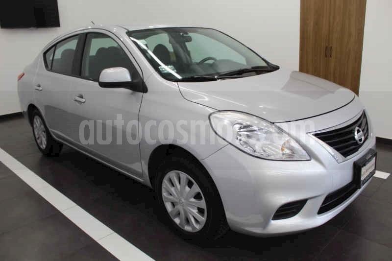 foto Nissan Versa Sense Aut usado