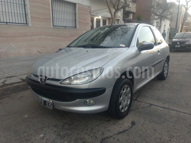 foto Peugeot 206 1.6 XR Premium 3P usado