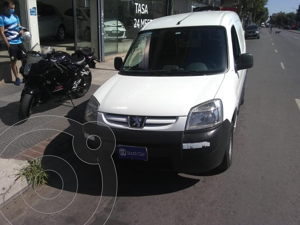 peugeot partner furgon 1.4 confort pcl usado 2013 color blanco precio 810.000