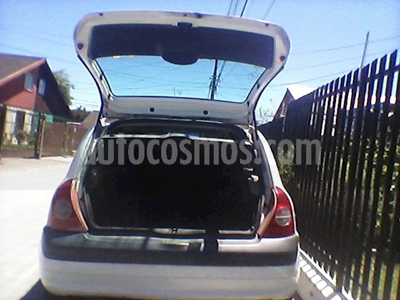foto Renault Clio 1.2 Expression usado