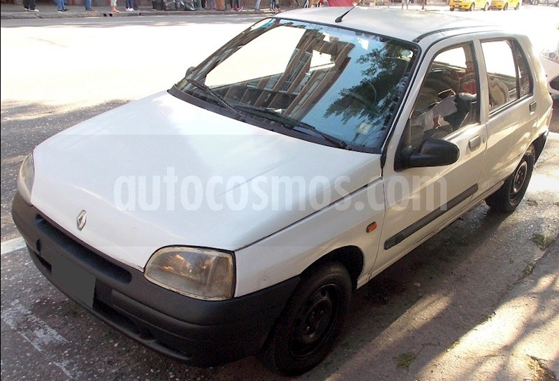 foto Renault Clio 5P 1.9 2 Bic RN DSL usado