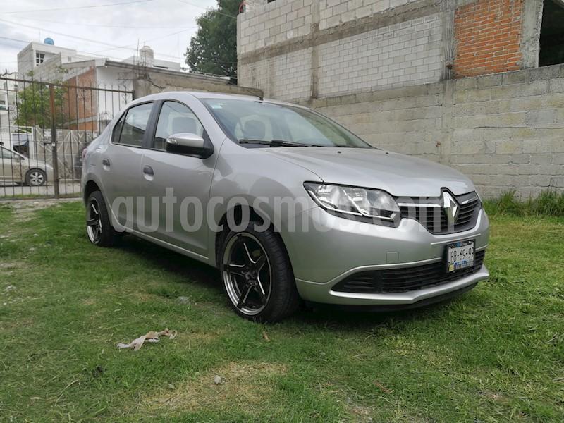 Renault Logan Zen Usado (2018) Color Plata Precio $135,000