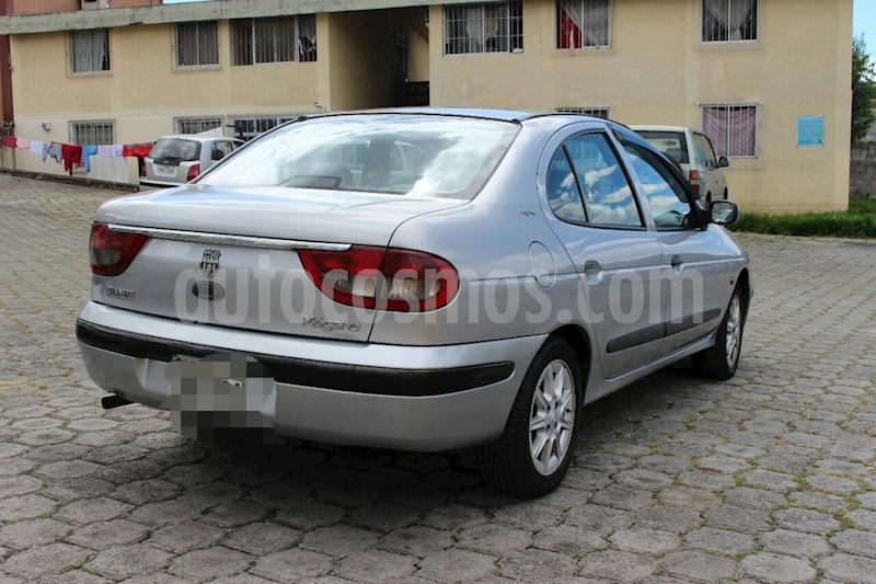 foto Renault Megane Classic L4,1.6i,16v A 2 1 usado