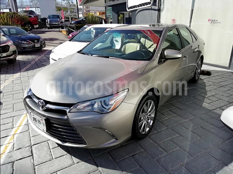 foto Toyota Camry XLE 2.5L NavegaciA_n Seminuevo