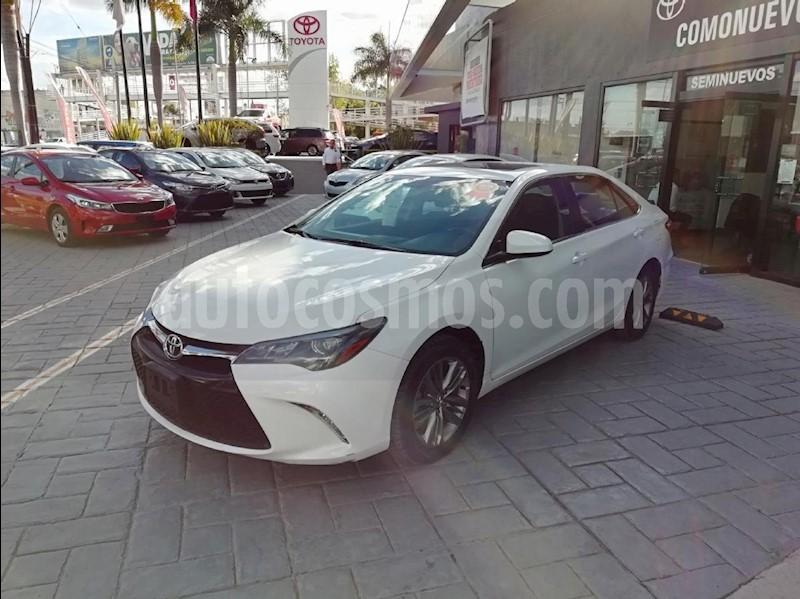 foto Toyota Camry XSE 3.5L V6 Seminuevo