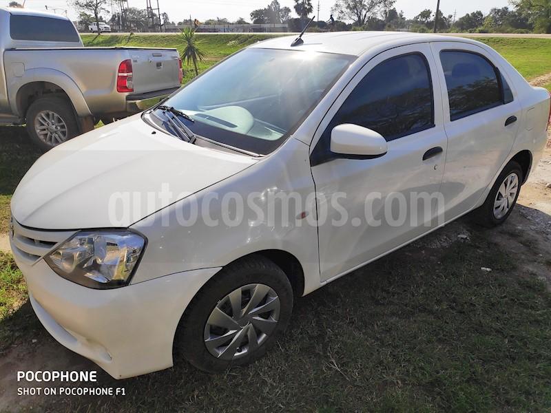 foto Toyota Etios Hatchback Cross Aut usado