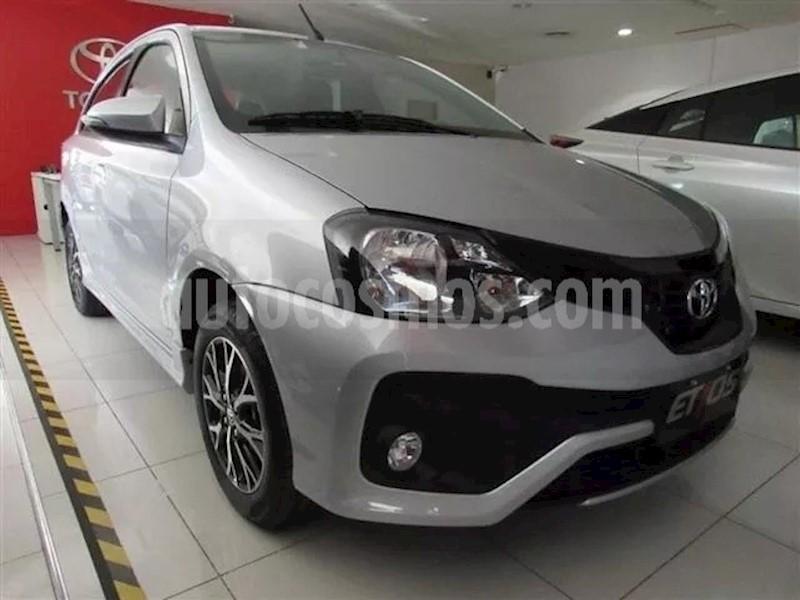 foto Toyota Etios Hatchback XLS nuevo