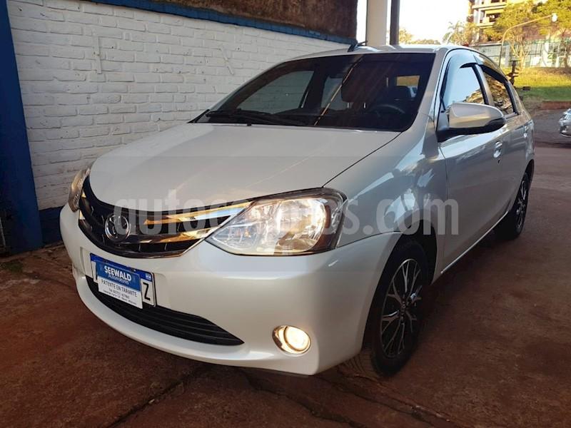 foto Toyota Etios Sedan - usado