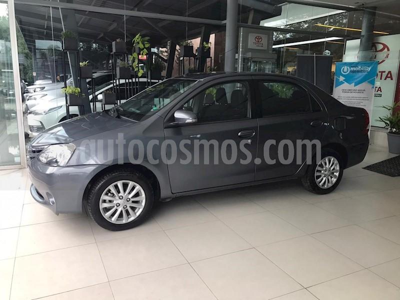 foto Toyota Etios Sedán XLS usado (2015) color Gris precio $590.000