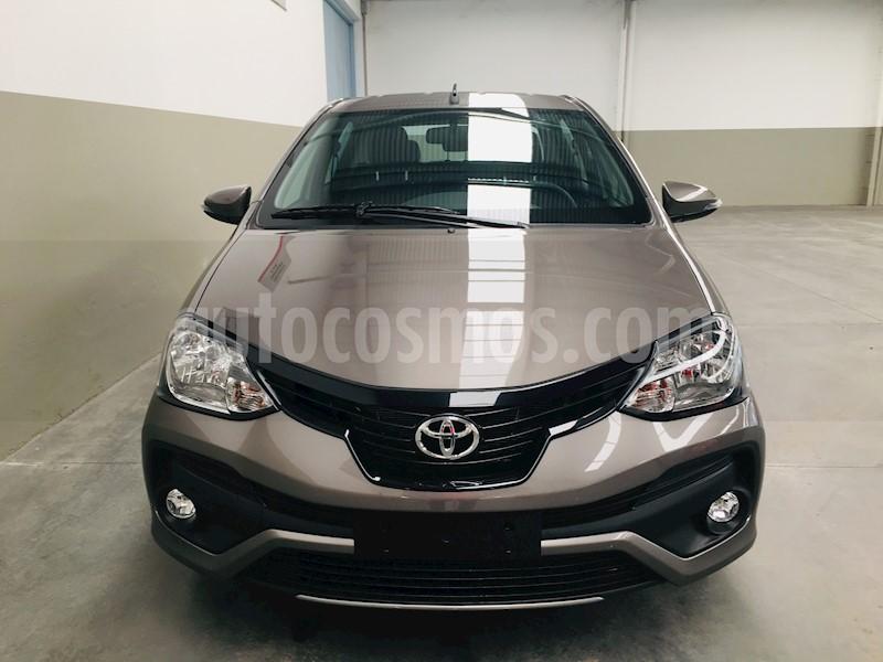 foto Toyota Etios Sedan XLS nuevo