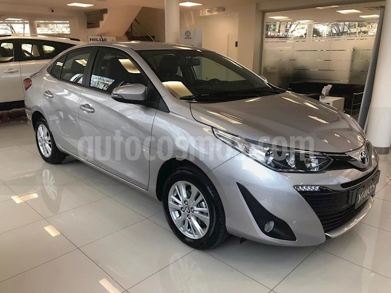 foto Toyota Etios Sedan XS nuevo