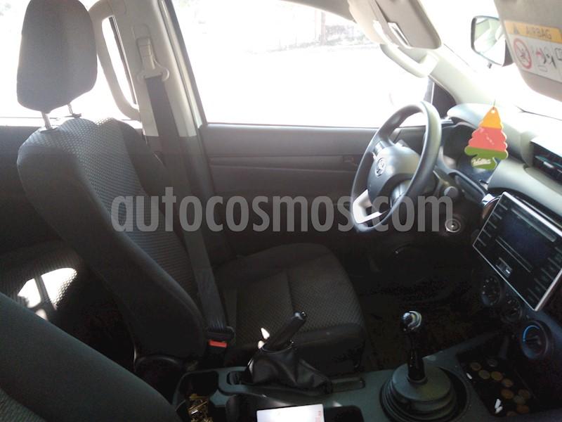 foto Toyota Hilux 2.4 4x2 DC usado