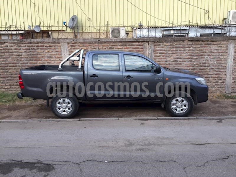 foto Toyota Hilux DX 2.5 Diesel 4X2 Cabina Doble usado