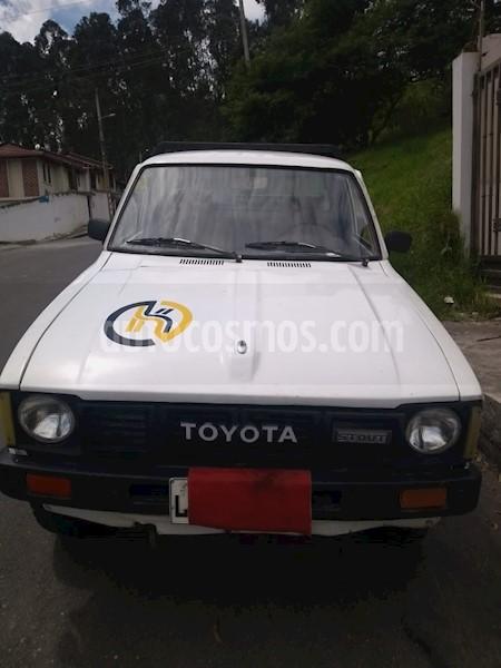 foto Toyota Hilux Pickup 4x2  usado
