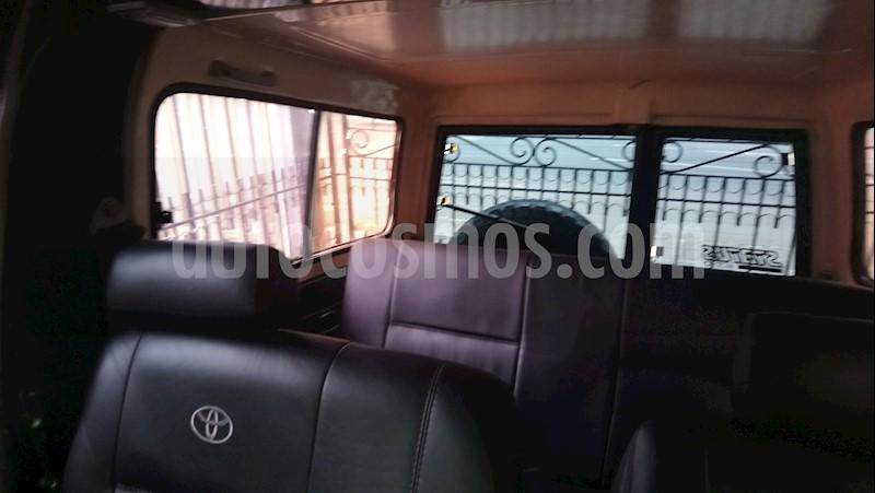 foto Toyota Land Cruiser  70 Chasis usado