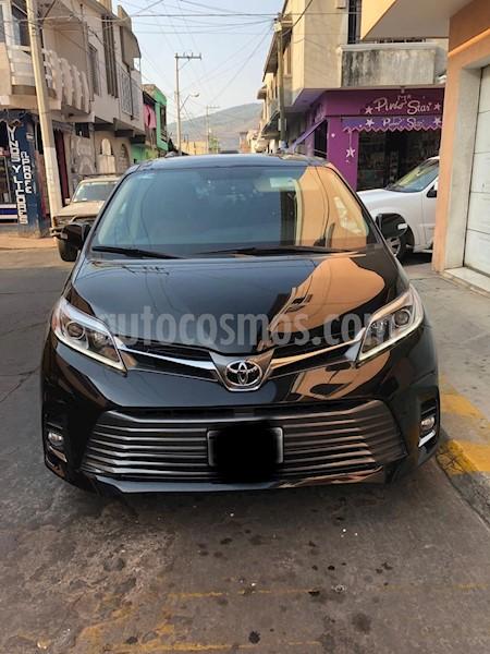 foto Toyota Sienna Limited 3.5L usado