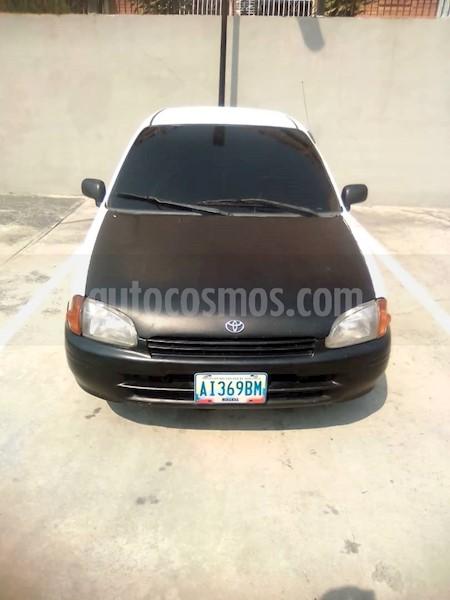 foto Toyota Starlet Jazz M-T L4 1.4 16V usado