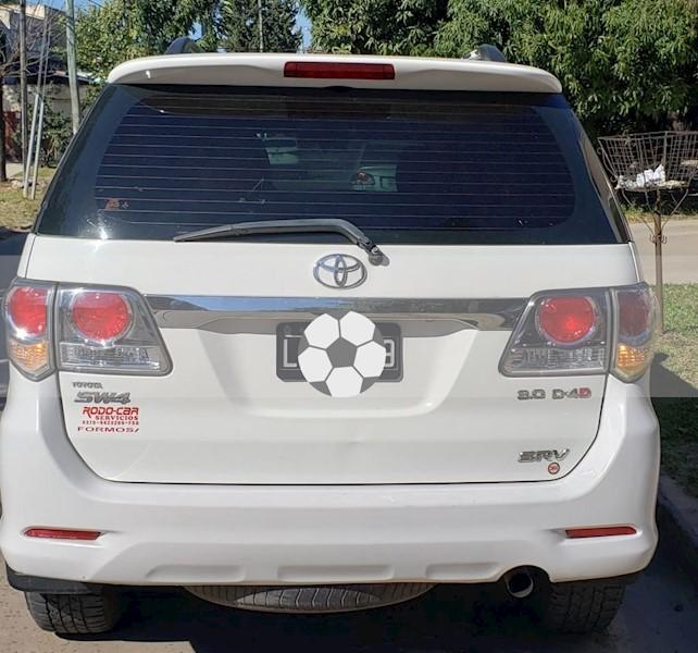 foto Toyota SW4 SRV 5 TDi Cuero Aut  usado