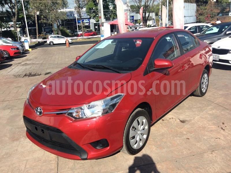 foto Toyota Yaris Sedan Core Aut Seminuevo