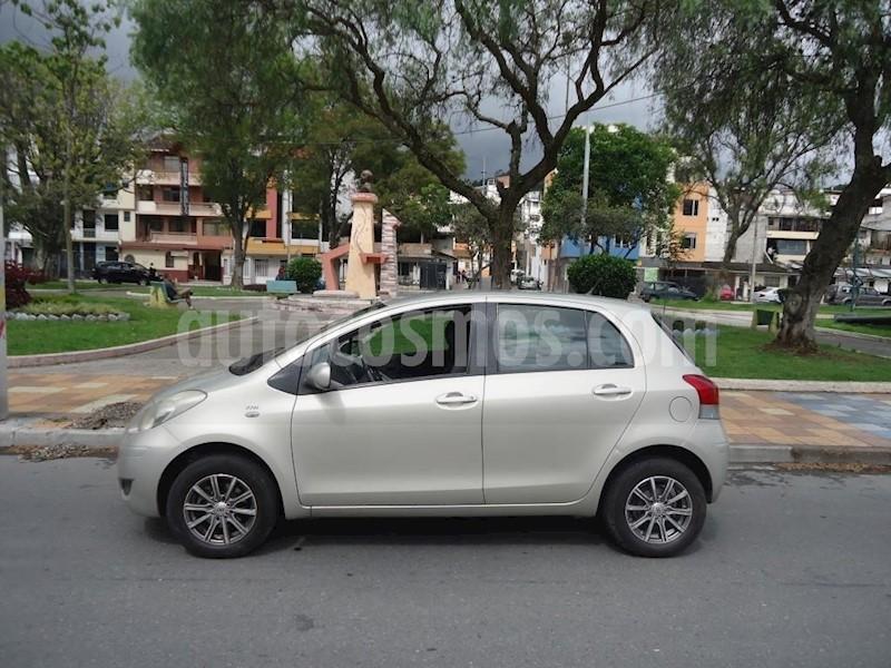 foto Toyota Yaris 1.3 usado
