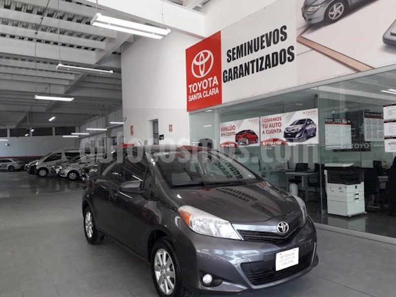 foto Toyota Yaris 5p Hatchback Premium L4/1.5 Aut usado