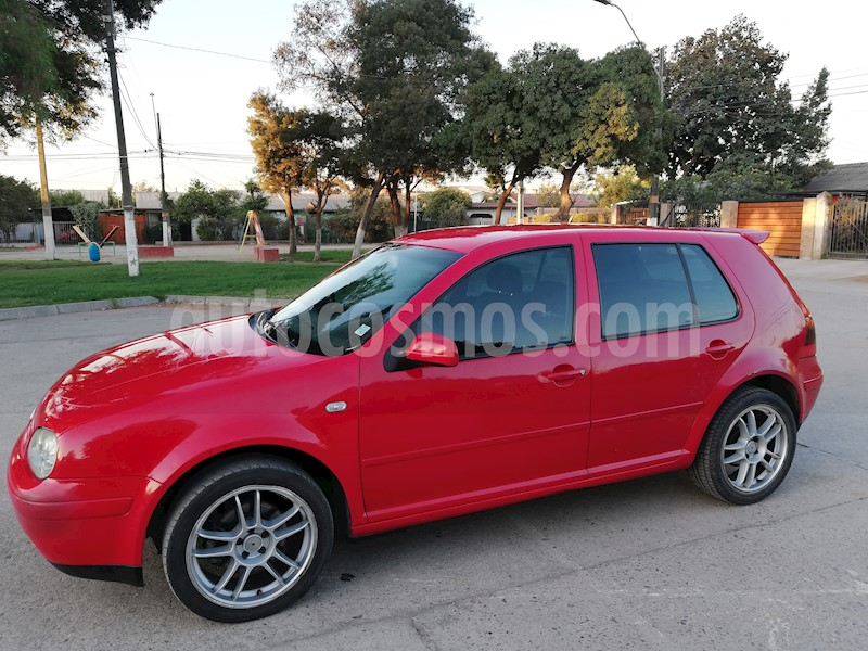 foto Volkswagen Golf 2.0 High 5P usado