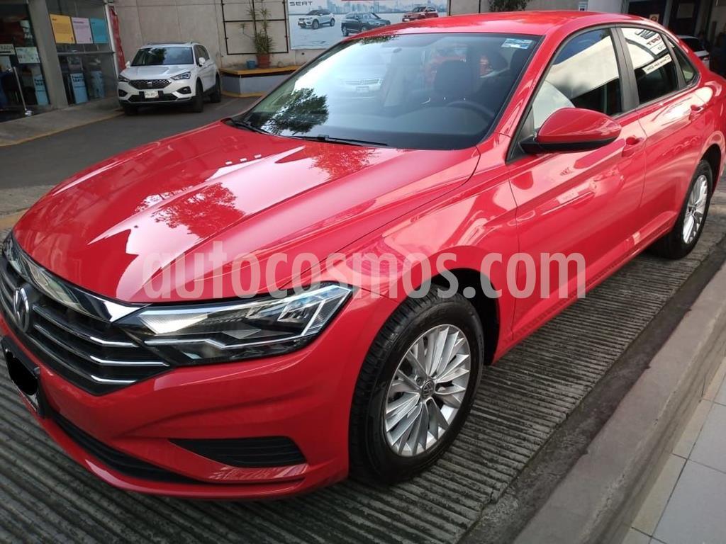 foto Volkswagen Jetta Comfortline usado (2019) color Rojo precio $299,000